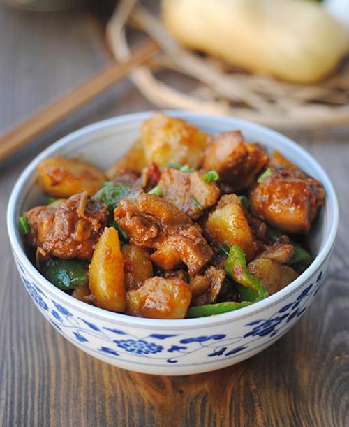 新手也能做的好吃的家常菜 香辣土豆烧鸡块