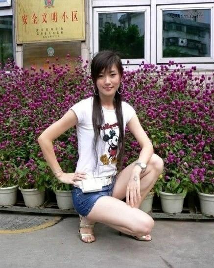 雷政富不雅视频女主角18岁干女儿兼情妇赵红霞照片遭曝光。