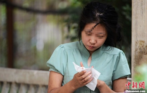 郑州流浪女前男友:年初遭女方家人反对后分手(图)