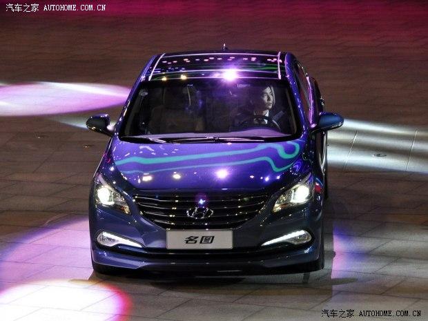 汽车 资讯 行业新闻 正文    11月19日,北京现代新款名图轿车正式上市