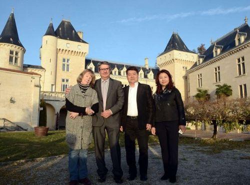 中国富豪涌入法国巨资购买酒庄