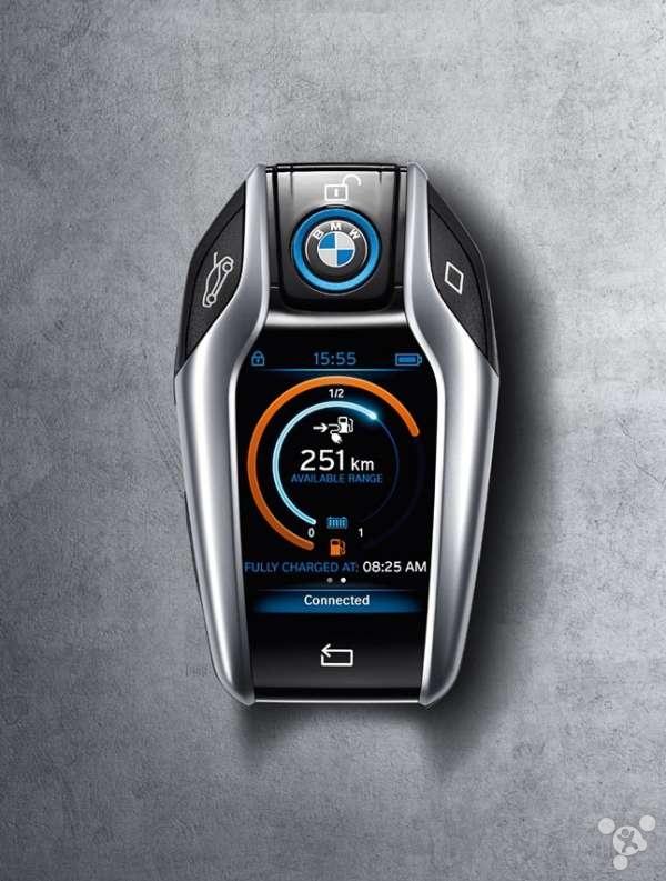 宝马i8新概念智能车钥匙(图) 高端大气未来感十足