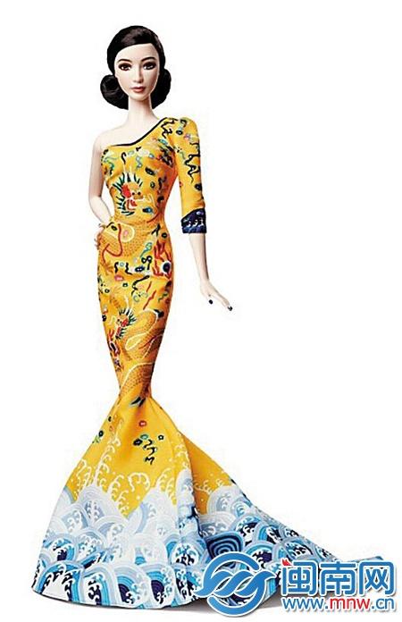 芭比娃娃特别款首席设计师罗伯特·贝斯特特意从美国赶赴上海,并在
