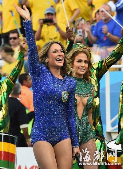 克劳迪娅 莱蒂_巴西世界杯开幕式 詹妮弗·洛佩兹性感镂空装抢眼-闽南网
