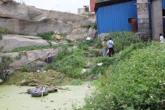 石狮永宁镇4岁女童不幸溺亡一废弃石窟(图)